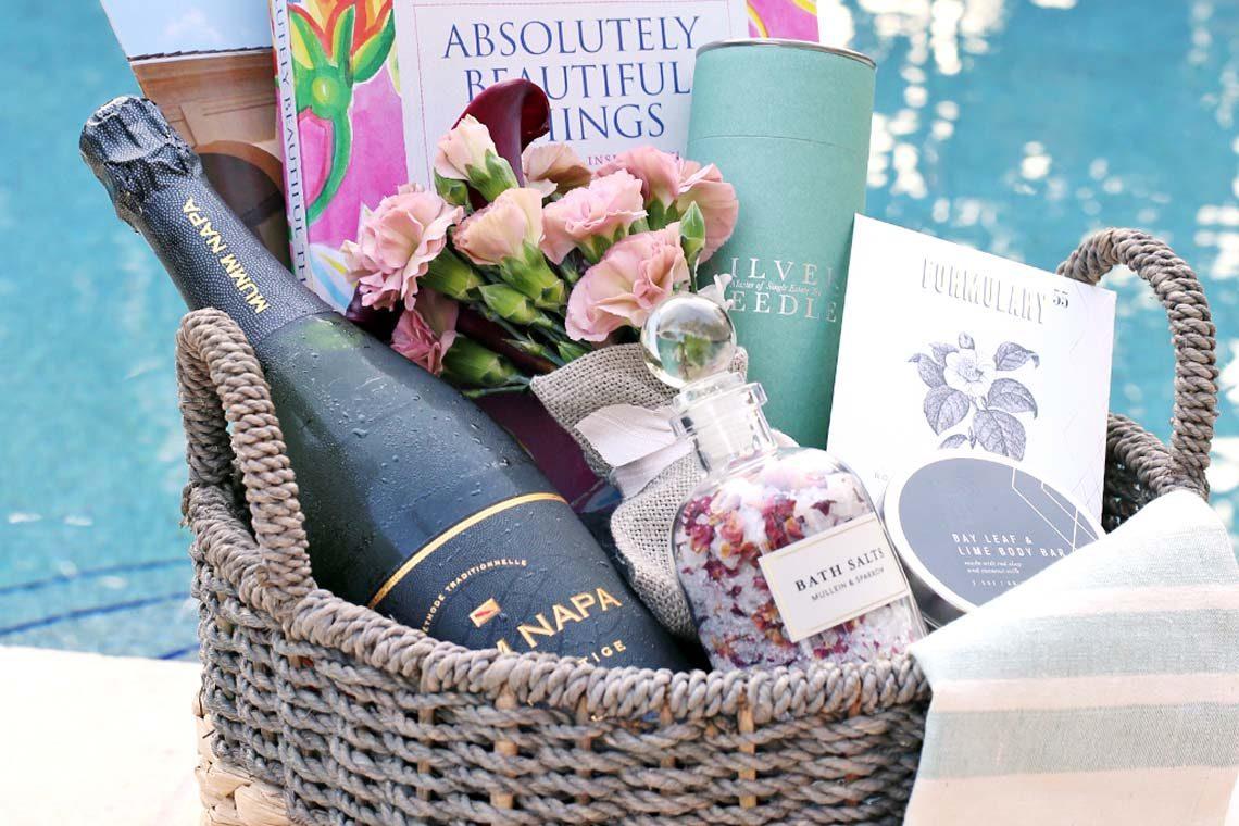 Traditional Housewarming Gift Basket